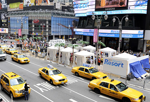 Wii Sports Resort takes over Times Square