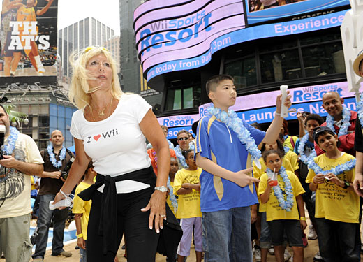 Wii Sports Resort takes over Times Square - Table tennis expert Alston Wang.