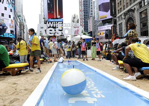 Wii Sports Resort takes over Times Square - Nintendo brought in 50 tons of sand to transform Manhattan's Military Island into Wuhu Island.